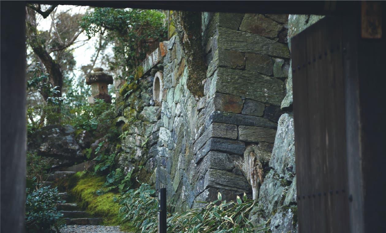 数寄屋建築の傑作「臥龍山荘」