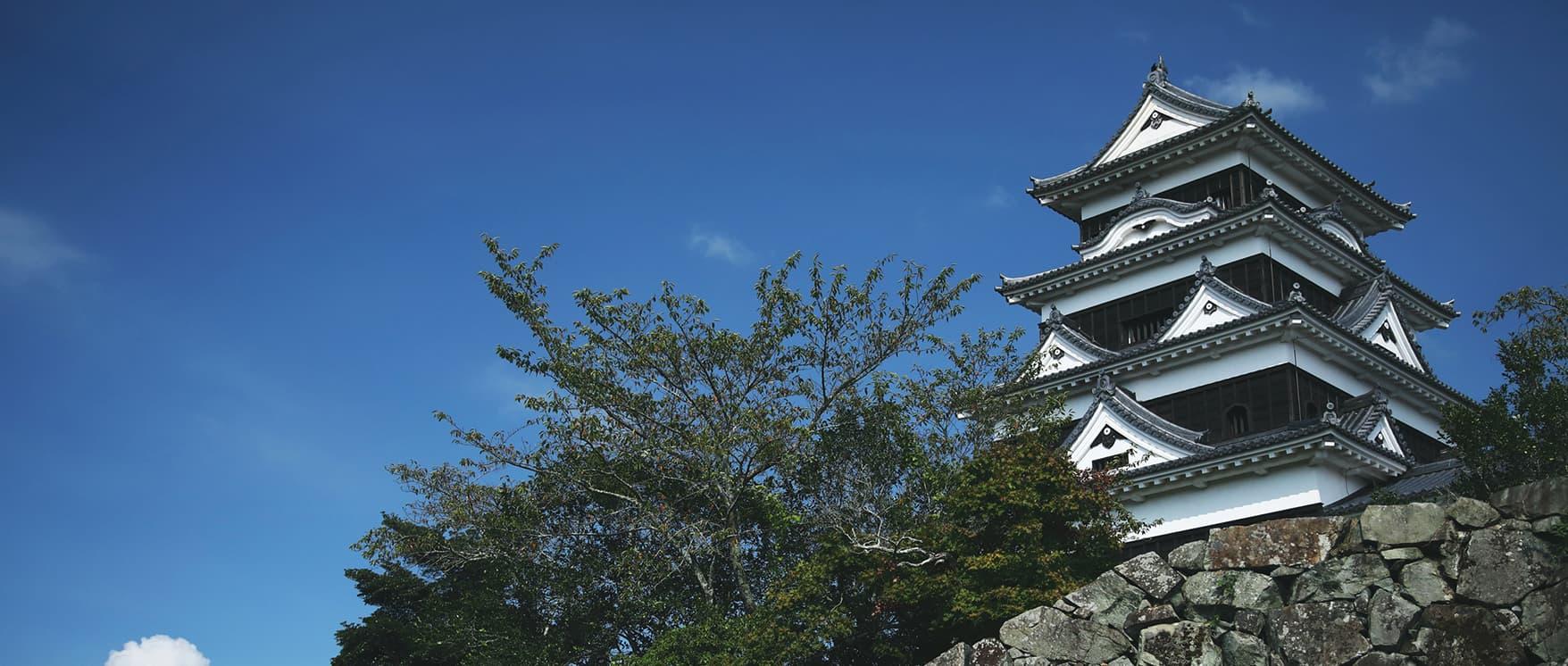 畔に佇む大洲城